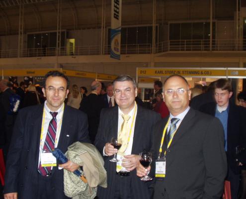 Dünya plastik cerrahi kongresinde Prof. Dr. Ege Özgentaş, Prof. Dr. Gürhan Özcan ve Prof. Dr. Ali Gürlek ülkemizi temsil ediyorlar.